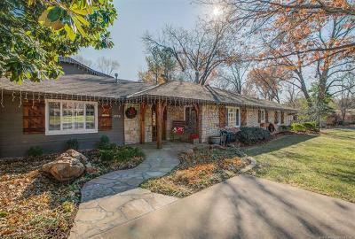 Tulsa Single Family Home For Sale: 2976 E 45th Place