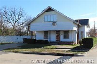 Okmulgee Single Family Home For Sale: 1002 E 3rd Street