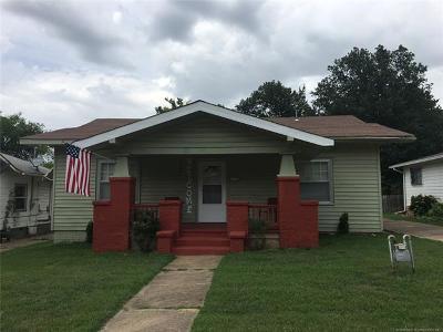 Okmulgee Single Family Home For Sale: 517 E 15th Street