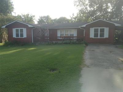 Muskogee OK Single Family Home For Sale: $75,500