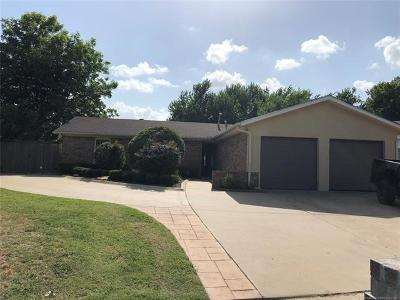 Tulsa OK Single Family Home For Sale: $123,000