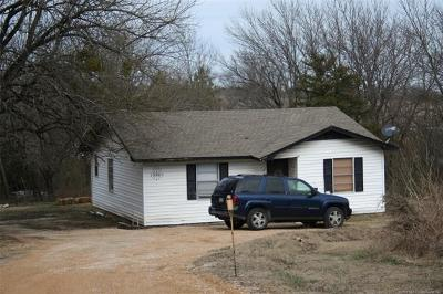 Single Family Home For Sale: 12860 County Road 3579