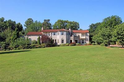 Tulsa Single Family Home For Sale: 2929 S Rockford Road