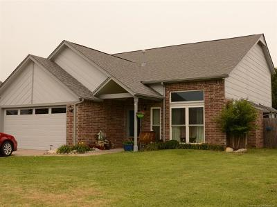 Collinsville Single Family Home For Sale: 13147 E 129th Street North