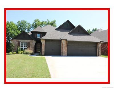 Osage County, Washington County Single Family Home For Sale: 3215 Boardwalk Court