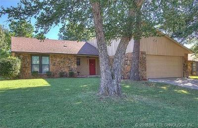 Broken Arrow Single Family Home For Sale: 2624 W Ft Worth Place