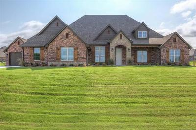 Owasso Single Family Home For Sale: 9015 N 65th East Place