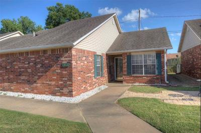 Claremore Condo/Townhouse For Sale: 1451 W Evergreen Lane