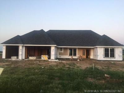 Osage County, Washington County Single Family Home For Sale: 5 Oaklawn Drive