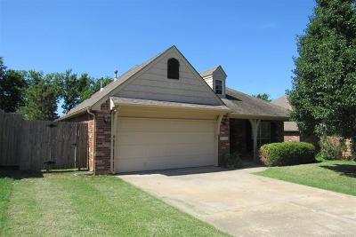 Broken Arrow Single Family Home For Sale: 20326 E 50th Place
