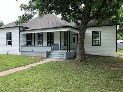 Okmulgee Single Family Home For Sale: 723 N Grand Avenue