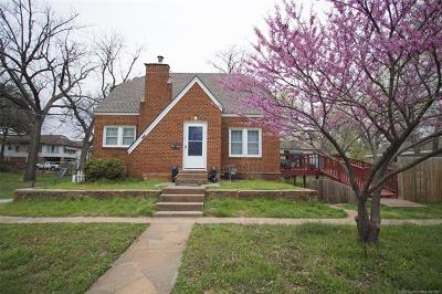 Sand Springs Single Family Home For Sale: 111 E 7th Street