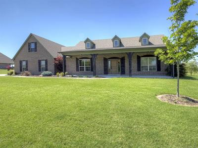 Osage County, Rogers County, Tulsa County, Wagoner County Single Family Home For Sale: 14822 E Fieldstone Drive N