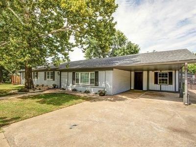 Sand Springs Single Family Home For Sale: 1604 S 167th West Avenue