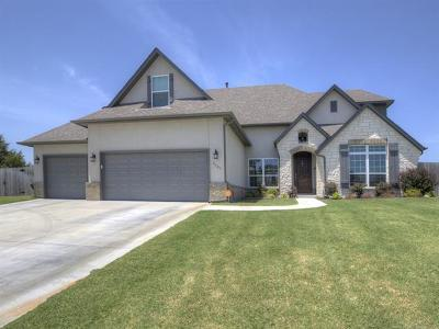 Owasso Single Family Home For Sale: 9501 N 139th Court E
