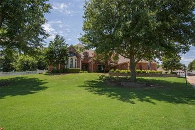 Claremore Single Family Home For Sale: 9875 E Shadowlake Court