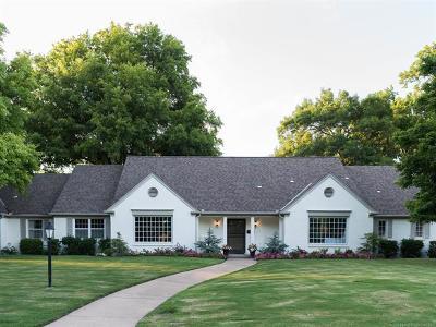 Tulsa Single Family Home For Sale: 2103 E 48th Street