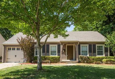 Tulsa Single Family Home For Sale: 2811 E 22nd Street