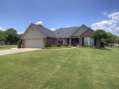 Claremore Single Family Home For Sale: 20012 S River Ranch Road