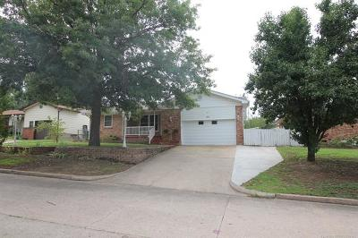 Sapulpa Single Family Home For Sale: 784 N Moccasin Street