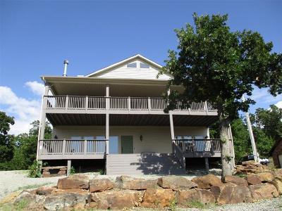 Stigler Single Family Home For Sale: 152 Cherokee Drive
