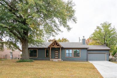 Tulsa Single Family Home For Sale: 3518 S Lakewood Avenue
