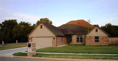 Bartlesville Single Family Home For Sale: 2125 Turtle Creek Street