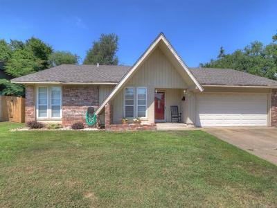 Sapulpa Single Family Home For Sale: 928 N Moccasin Street