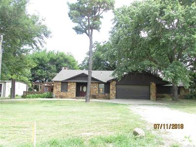 Claremore Single Family Home For Sale: 3400 W Country Club Road