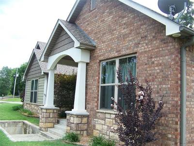 Muskogee Single Family Home For Sale: 6511 S 41st Street E
