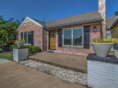 Tulsa Single Family Home For Sale: 2416 S Utica Avenue