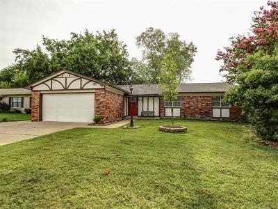 Broken Arrow Single Family Home For Sale: 1621 S 5th Place