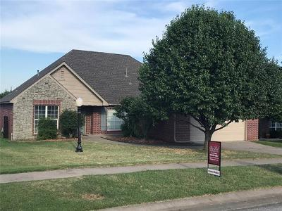Collinsville Single Family Home For Sale: 14347 N 106th East Avenue