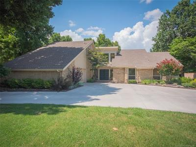 Tulsa Single Family Home For Sale: 5523 E 115th Street