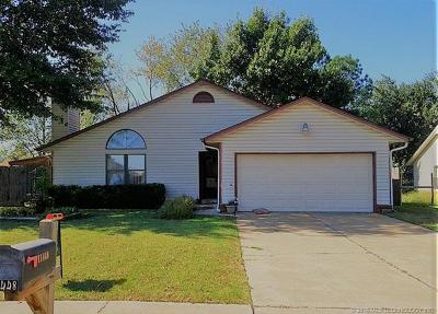 Jenks Single Family Home For Sale: 11448 S Douglas Avenue