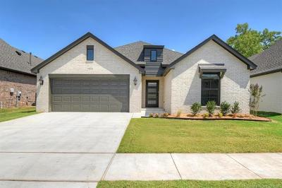 Broken Arrow Single Family Home For Sale: 3400 W Norman Place