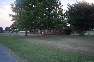 Collinsville OK Single Family Home For Sale: $450,000