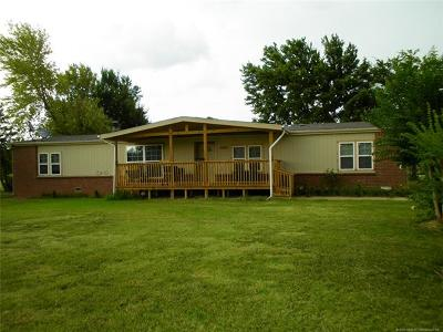 Collinsville Single Family Home For Sale: 13631 N 90th East Avenue
