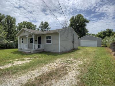 Collinsville Single Family Home For Sale: 618 N 15th Street