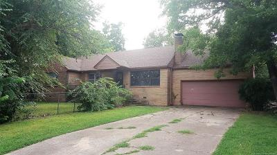 Single Family Home Pending: 938 S Erie Avenue