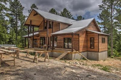 Broken Bow Single Family Home For Sale: 444 Eagle Mountain Trail S