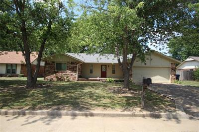 Claremore Single Family Home For Sale: 1106 W 20th Street N