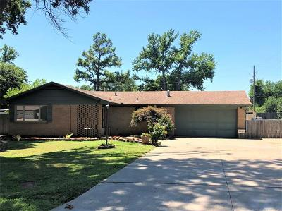Bartlesville Single Family Home For Sale: 1801 Crescent Drive