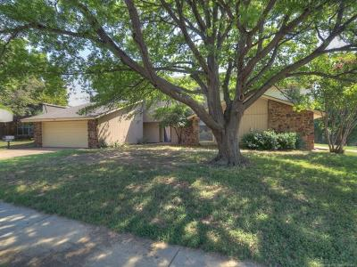 Tulsa Multi Family Home For Sale: 4621 S 72nd East Avenue