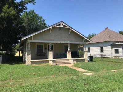 Okmulgee Single Family Home For Sale: 909 W 8th Street