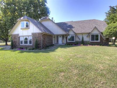 Owasso Single Family Home For Sale: 14925 E 94th Street North