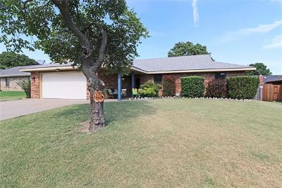 Bartlesville Single Family Home For Sale: 926 Kings Circle
