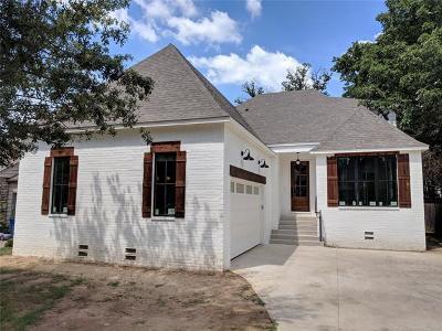 Tulsa Single Family Home For Sale: 2954 S Boston Place