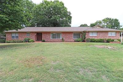 Bartlesville Single Family Home For Sale: 2122 SE Hampden Road