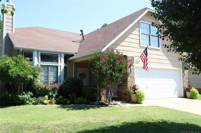 Jenks OK Single Family Home For Sale: $199,999